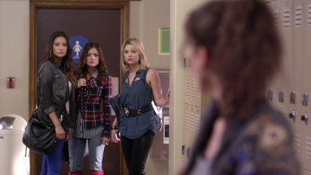"Pretty Little Liars | Dialogue Transcript | S3:E19 - ""What Becomes of the Broken-Hearted?"""