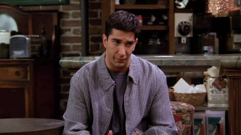 Friends – 'The One With the Fake Monica' (1995) • Teleplay